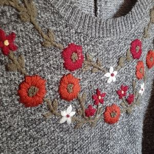 Knox Rose Sweaters - Knox Rose floral embroidered sweater 099